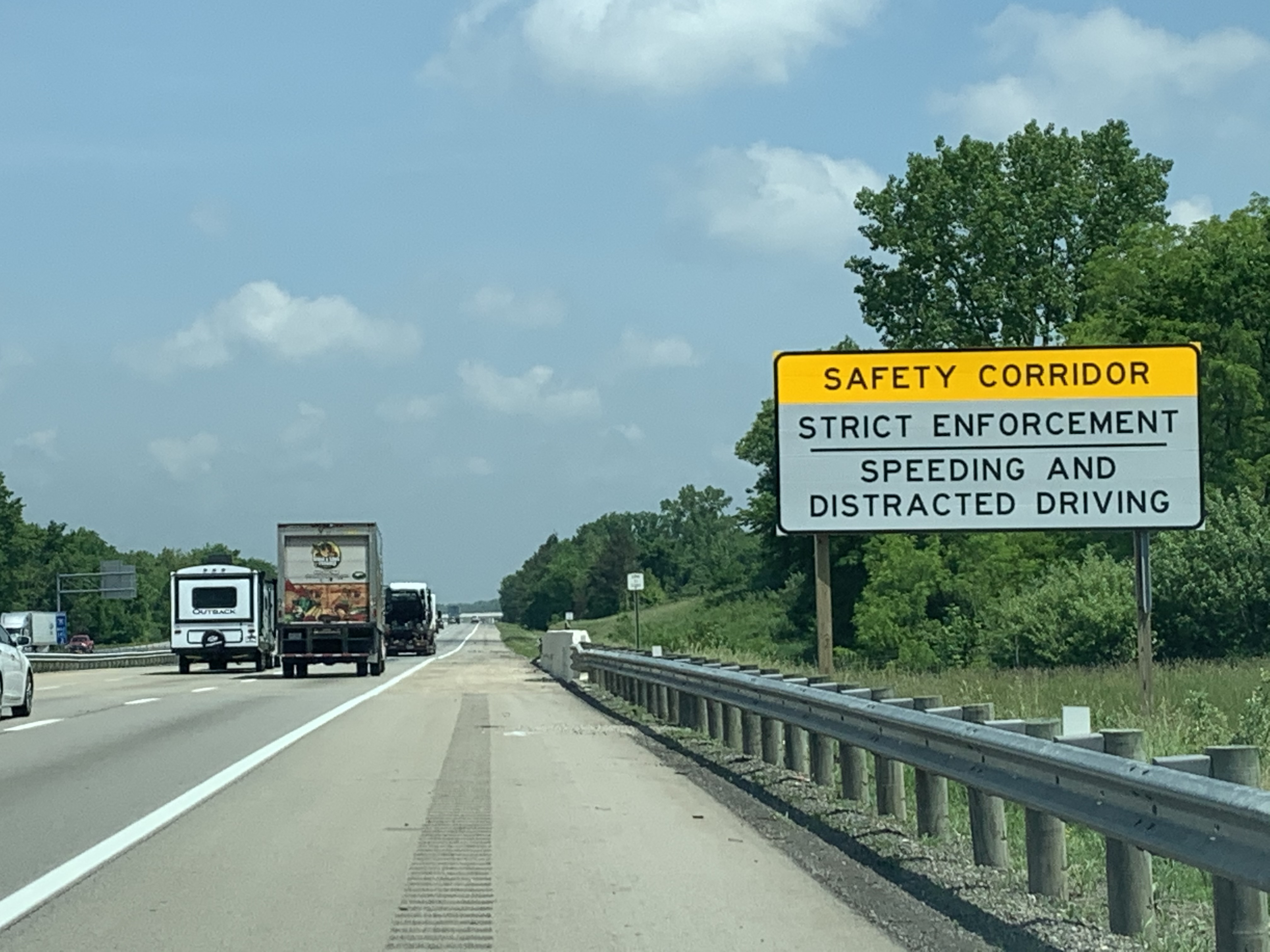 Image of ODOT Establishes First Distracted Driving Safety Corridor in Central Ohio